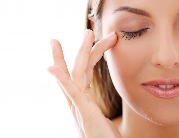 ¿Arrugas de expresión?   Tratamientos para el tercio superior facial